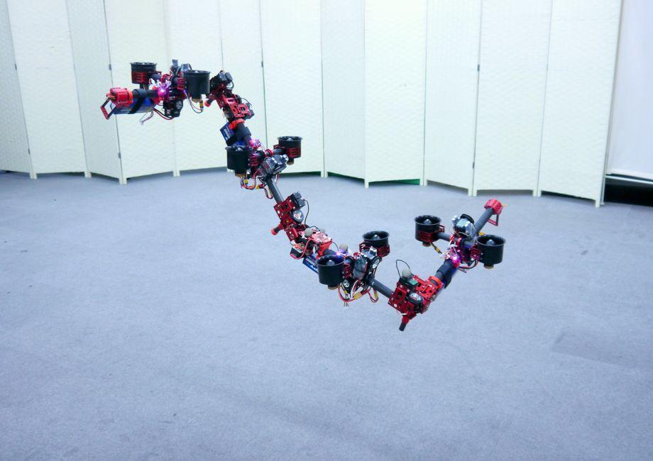 ドラゴンドローン Image: JSK Lab / University of Tokyo